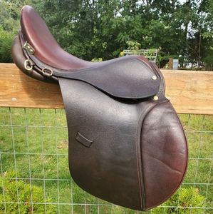 "16.5"" Riveria Saddle"